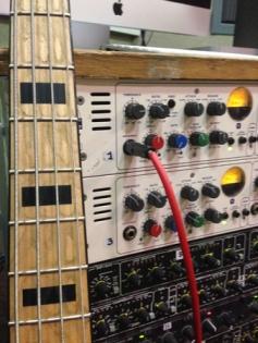 bass input